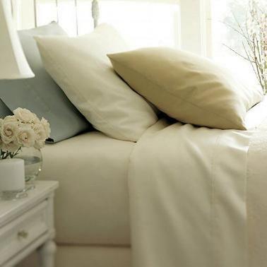 Fehér vászon ágynemű