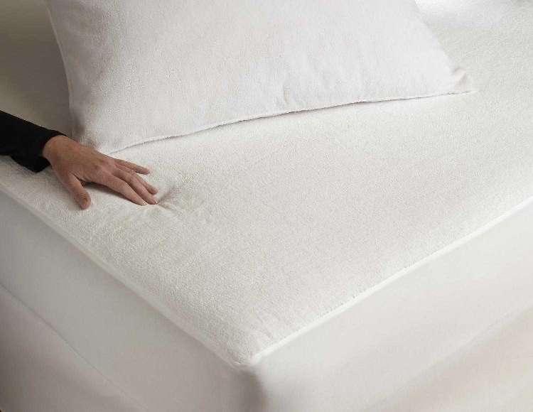 Sabata matracvédő