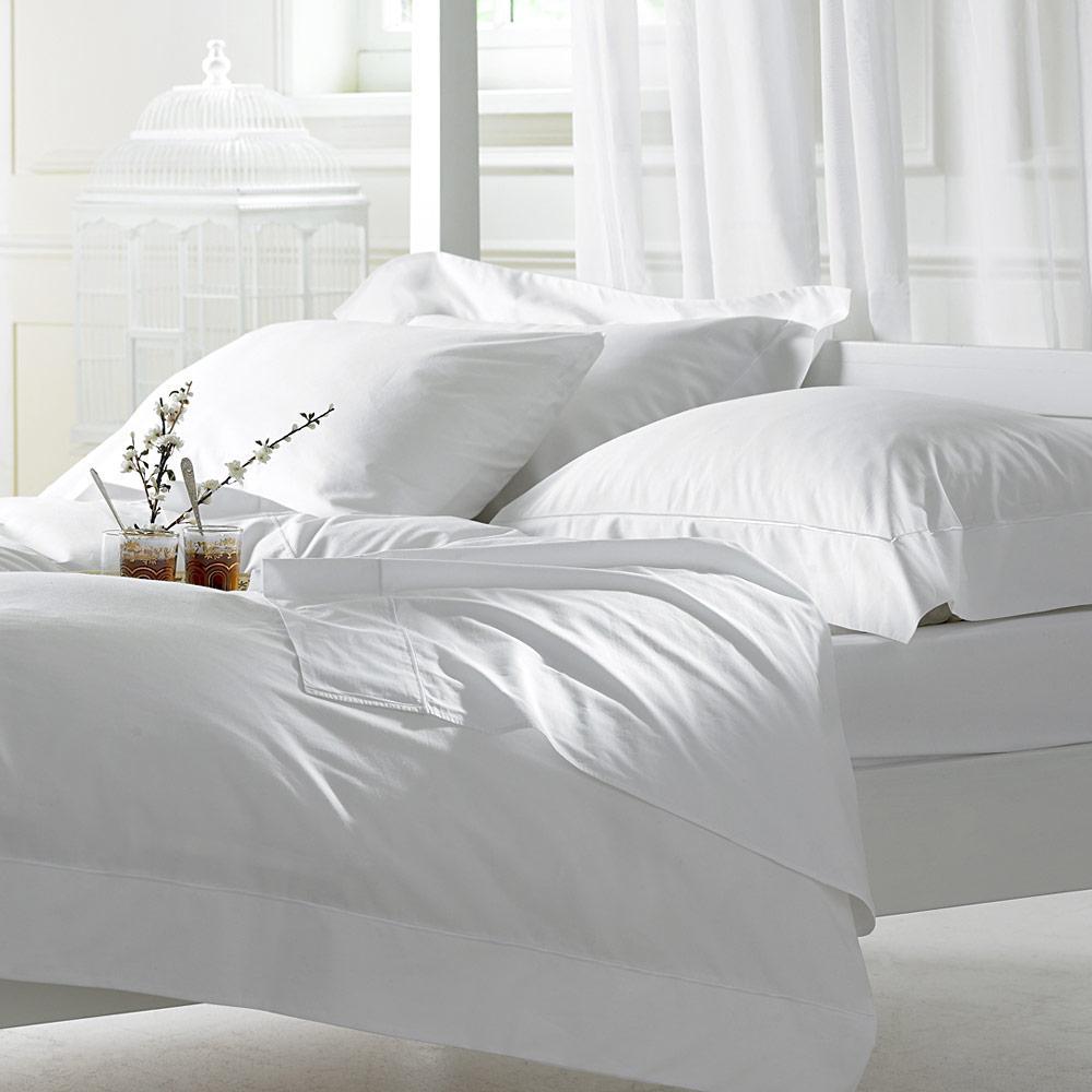 Fehér damaszt ágynemű